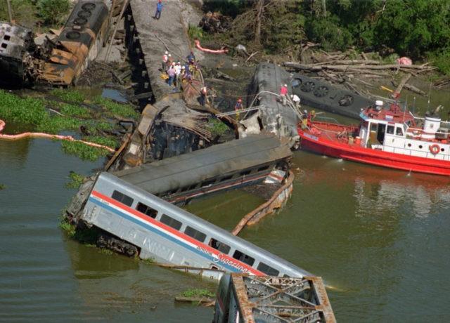 AP Exclusive: '93 Amtrak crash survivor relives each new one