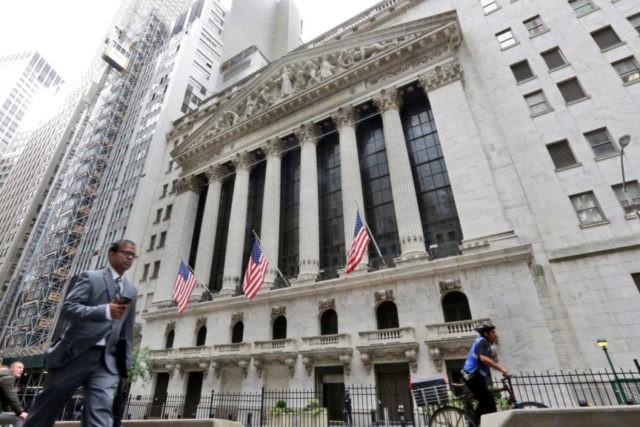 Facebook and big tech stocks rally as US indexes climb