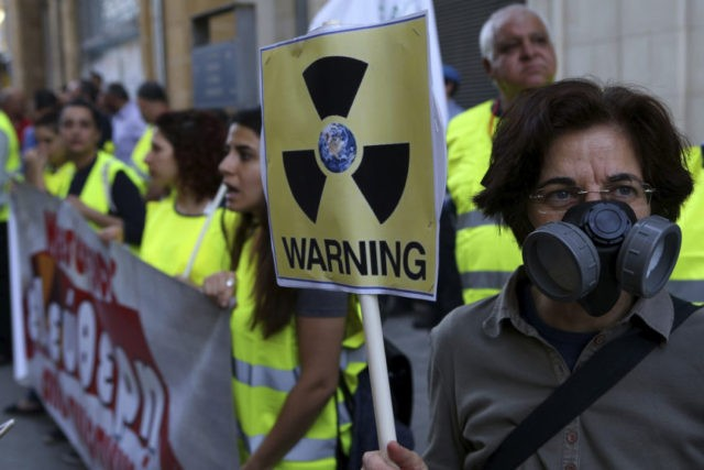 Cypriots link arms to protest planned Russian nuclear plant