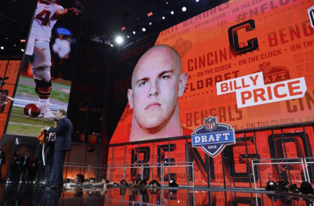 The Latest: Ravens take Hurst; Falcons select Ridley