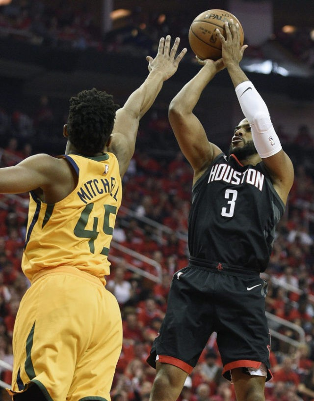 Harden's 41 points lead Rockets over Jazz in Game 1