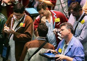 Oil prices bounce back on signs of balance