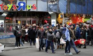 Private investor offers nearly $900M to save Toys 'R' Us