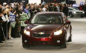 GM cuts second shift, hundreds of jobs at Ohio plant
