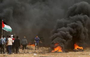 50 Palestinians hurt in more clashes at Israel-Gaza border