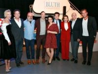 (L-R) Portia de Rossi, Mitchell Hurwitz, David Cross, Tony Hale, Alia Shawkat, Jason Bateman, Jessica Walter Jeffrey Tambor and Will Arnett attend the after party for the premiere of Netflix's 'Arrested Development' Season 5 at Netflix FYSee Theater on May 17, 2018 in Los Angeles, California. (Photo by Rich Fury/Getty …