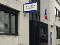 Man With 'Jihadi Armband' Storms French Police Station Attacking Officers