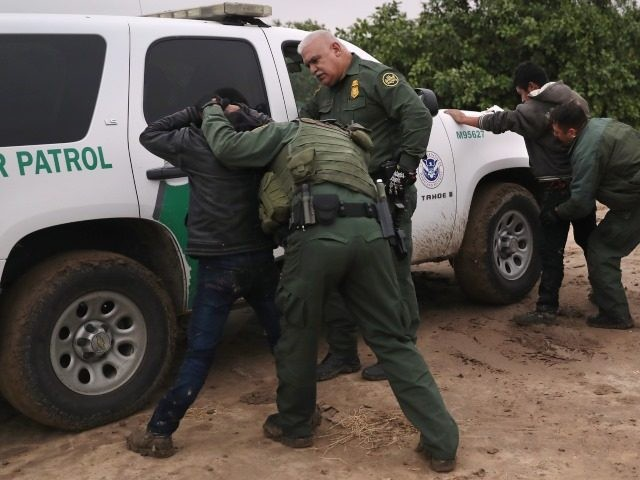 Border Patrol agents arrest suspected illegal immigrants in Rio Grande Valley Sector. (File Photo: John Moore/Getty Images)