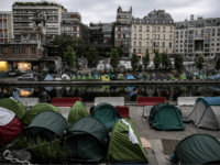 French Interior Minister Announces Imminent Evacuation of Paris Migrant Camps