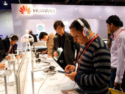Gordon Chang: China Gets All Our Data, Controls Our Devices if Huawei Gets into Our 5G
