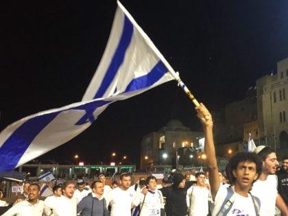 Israeli flag Kotel (Joel Pollak / Breitbart News)