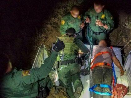 Laredo Sector Agents Rescue Distressed Migrant. (Photo: U.S. Border Patrol/Laredo Sector)