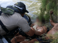 Laredo Sector Agents Rescue Migrant in Rio Grande River. (Photo: U.S. Border Patrol/Laredo Sector)