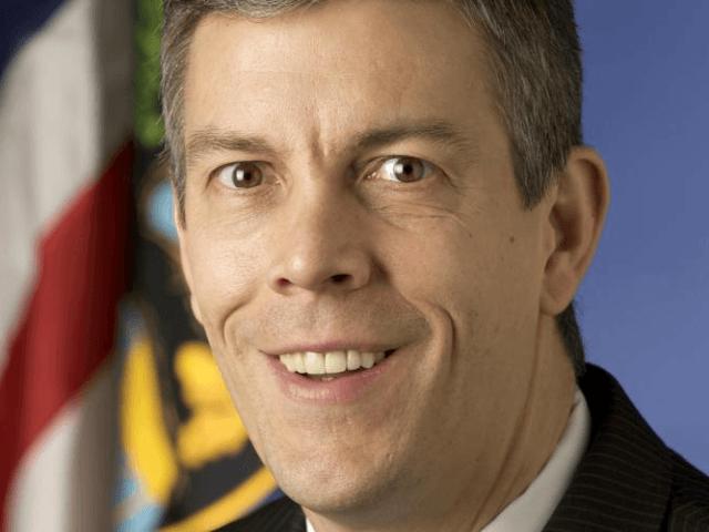 Arne Starkey Duncan[1] (born November 6, 1964) was the United States Secretary of Education from 2009 through December 2015