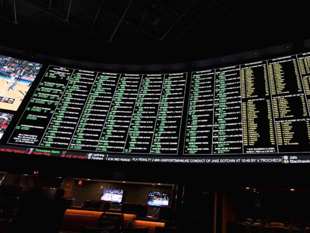 sports betting (Ethan Miller / Getty)