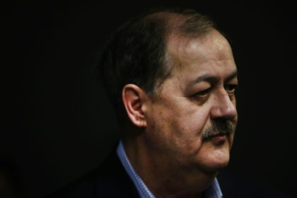 Ex-con coal baron roils US Senate race, alarming Republicans