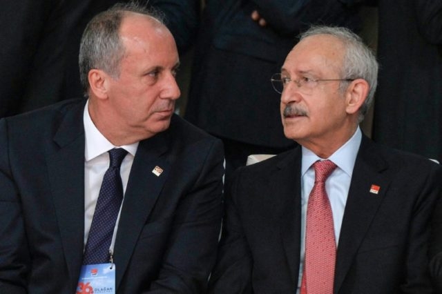 Kilicdaroglu (R), who had already made clear he would not be standing, confirmed the candidacy of Ince (L)