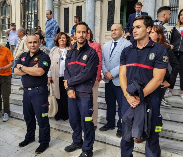 The Spanish firefighters were volunteers who sought to aid thousands of migrants, mostly Syrians, risking their lives to reach Europe via Lesbos and other Greek islands
