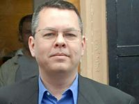 The trial of American pastor Andrew Brunson on charges of terror links and spying -- which he rejects -- resumed Monday under heavy security in the Turkish town of Aliaga