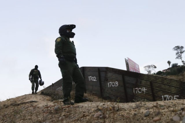 US border agency tests body-cam use by agents in 9 locations