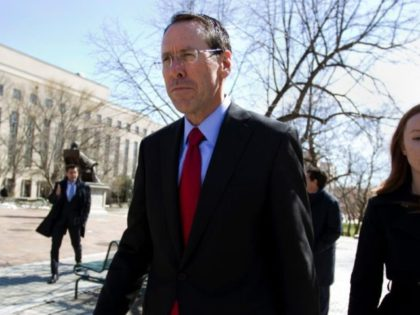 Govt argues that AT&T-Time Warner deal would hurt consumers