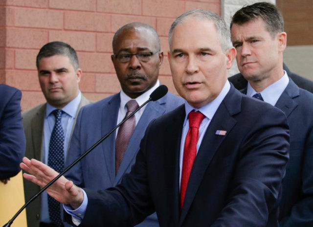 EPA security chief, Superfund head leave amid ethics probes