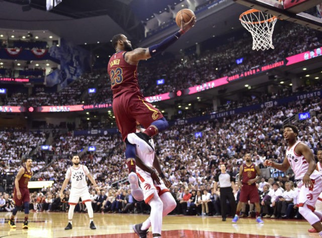James scores 43 as Cavs beat Raptors 128-110 in Game 2