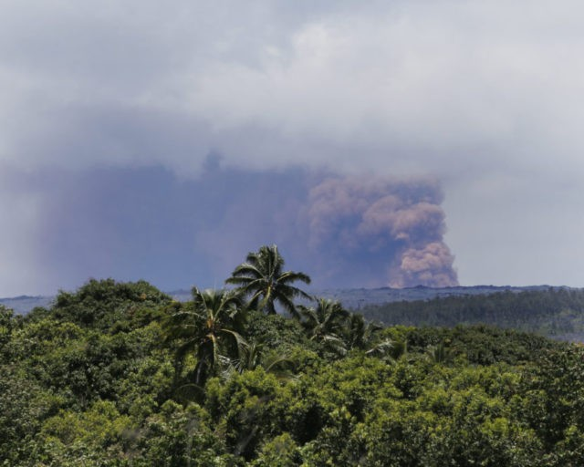 The Latest: Lava from Hawaii volcano destroys 5 homes