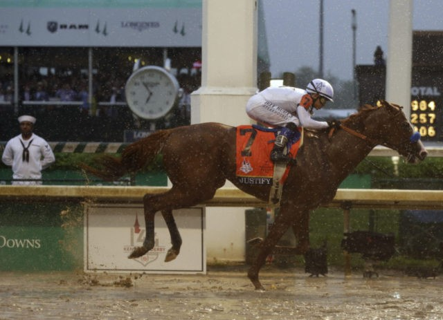 Justify wins sloppy Kentucky Derby, Baffert takes 5th title