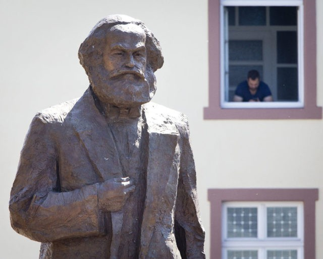 Marx hometown unveils huge statue on 200th birth anniversary