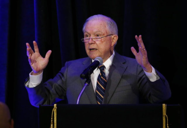 Sessions: Zero-tolerance policy may split families at border