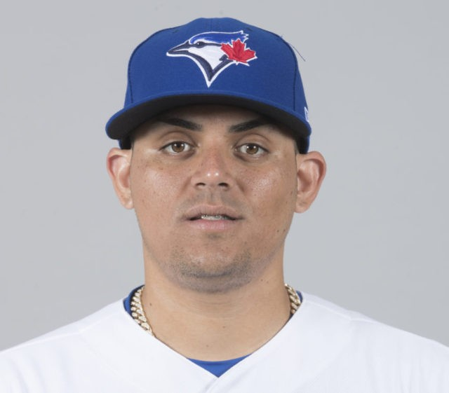 Jays closer Roberto Osuna charged with assault in Toronto