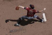 LEADING OFF: Pedroia rejoins Red Sox, Diamondback doldrums