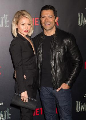 Kelly Ripa, Mark Consuelos celebrate 22 years of marriage
