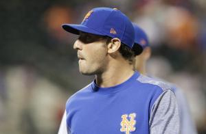 Cincinnati Reds trade for New York Mets pitcher Matt Harvey