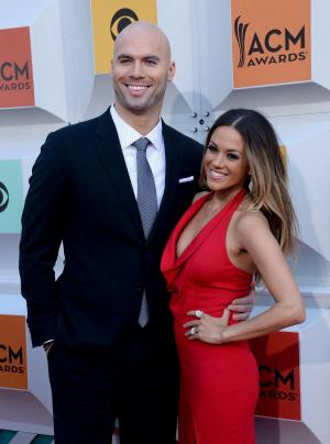 Jana Kramer says she's had multiple miscarriages: 'It's frustrating'