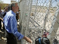 NYC Mayor Bill de Blasio Turned Away from Border Children Facility