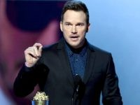 Chris Pratt at MTV Movie & TV Awards: 'You Have a Soul. God Loves You. Learn to Pray' (Video)