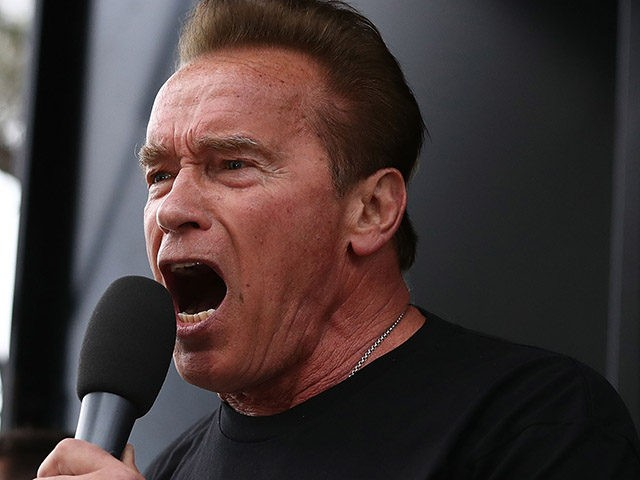 MELBOURNE, AUSTRALIA - MARCH 18: Arnold Schwarzenegger starts the Run for the Kids charity run as part of the Arnold Sports Festival Australia at at the Alexander Gardens on March 18, 2018 in Melbourne, Australia. (Photo by Robert Cianflone/Getty Images)