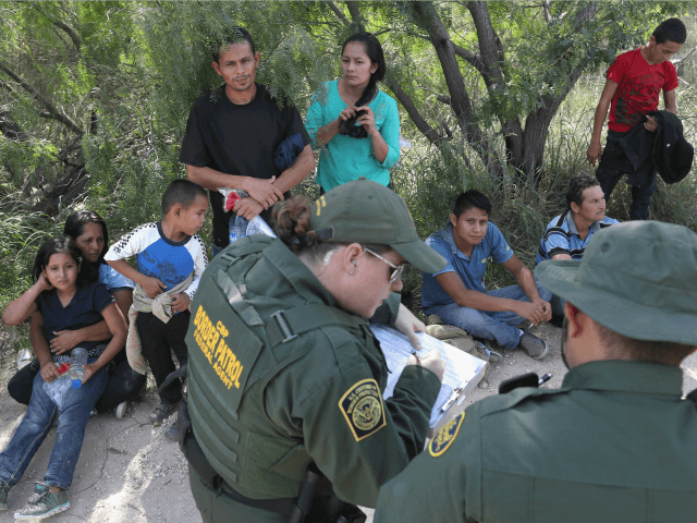 DHS: 2,000 children separated from parents at border