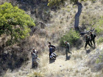 Guardsmen Support Border Patrol Ground Crews - U.S. Army Photo-Staff Sgt Scott Tynes