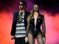 IMAGE DISTRIBUTED FOR PARKWOOD ENTERTAINMENT - Beyonce and JAY Z perform during the Beyonce and Jay Z - On the Run tour at AT&T Park on Tuesday, Aug. 5, 2014, in San Francisco. (Photo by Mason Poole/Invision for Parkwood Entertainment/AP Images)