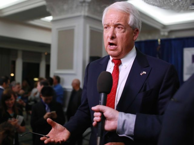 John Cox (Sandy Huffaker / Getty)