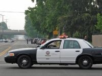 LAPD burglary investigation (Chris Yarzab / Flickr / CC / Cropped)