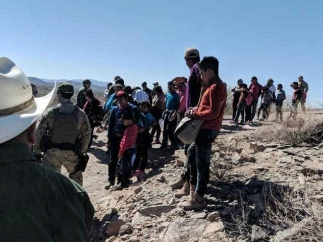 36 minors and 21 adult migrants rescued by Border Patrol agents after lost in 108 degree heat of Arizona desert. (Photo: U.S. Border Patrol)