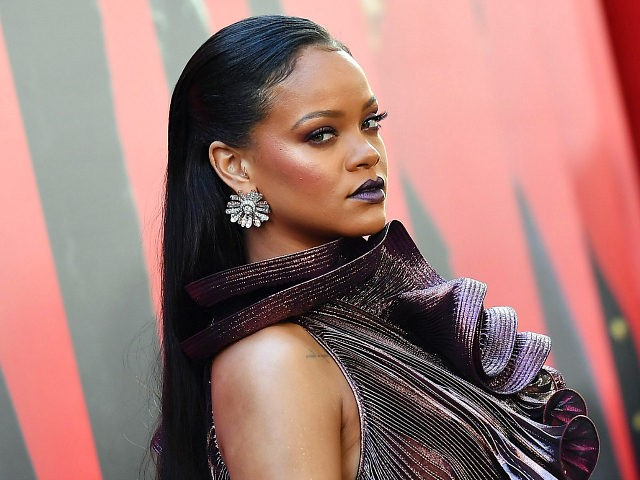 TOPSHOT - Singer/actress Rihanna attends the World Premiere of OCEANS 8 June 5, 2018 in New York. - OCEANS 8 will be released nationwide on June 8, 2018. (Photo by ANGELA WEISS / AFP) (Photo credit should read ANGELA WEISS/AFP/Getty Images)