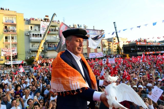 Charismatic Muharrem Ince, the presidential candidate for the opposition Republican People's Party is stirring up the crowds and giving incumbent President Recep Tayyip Erdogan a run for his money in upcoming June 24 polls