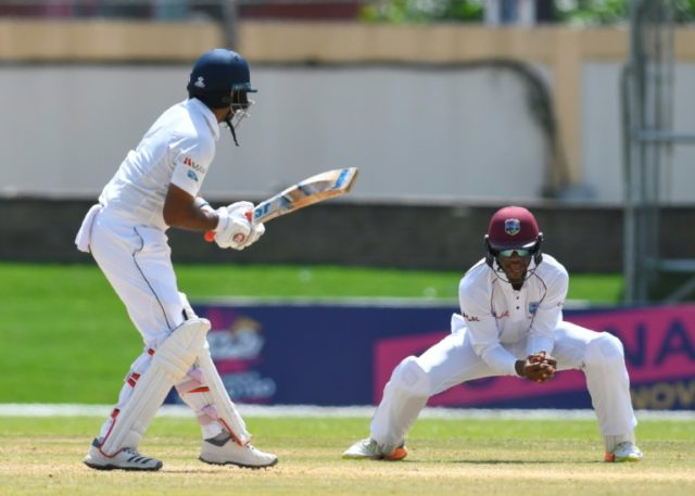 Sri Lanka's batsmen failed to put up much resistence as West Indies built up a 360-run second innings lead
