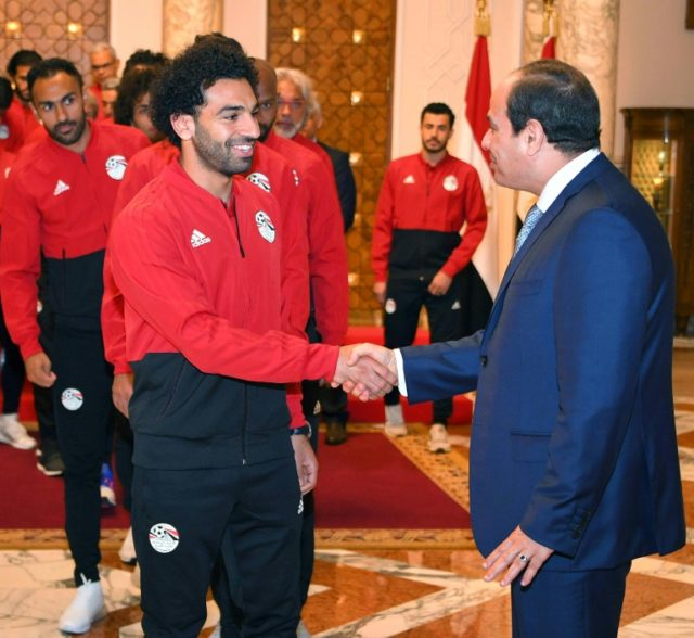 Mohamed Salah gives the Egyptian President an upbeat assessment of his recovery from the shoulder injury he suffered in the Champions League final