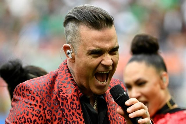 Former 'Take That' star Robbie Williams made a controversial gesture during the opening ceremony